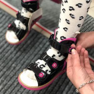 Нужна ли здоровому ребенку ортопедическая обувь