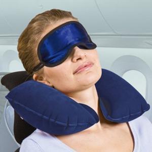 Подушка для самолета: что это, и как выбрать?
