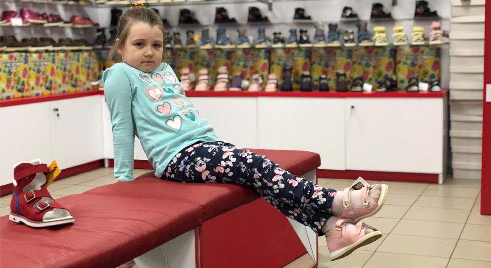 Нужна ли детская ортопедическая обувь